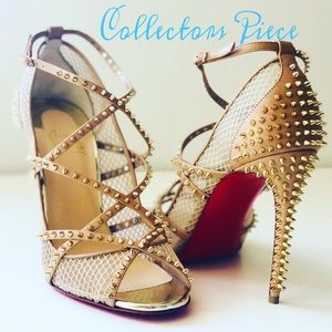 NEW Christian Louboutin Nude Alarc Spiked Heels 38